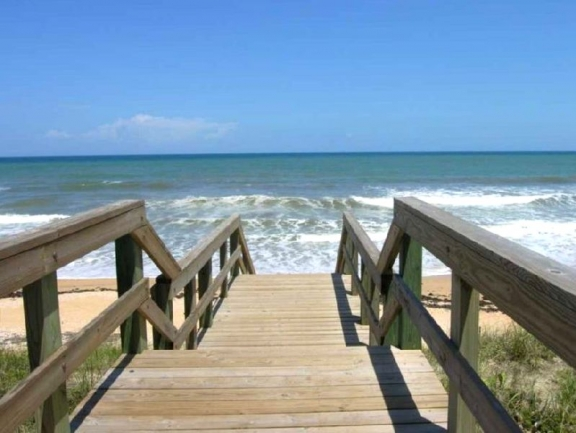 beach access from Cambria condos
